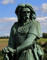 Statue-de-Vercingétorix-5-©-T.png