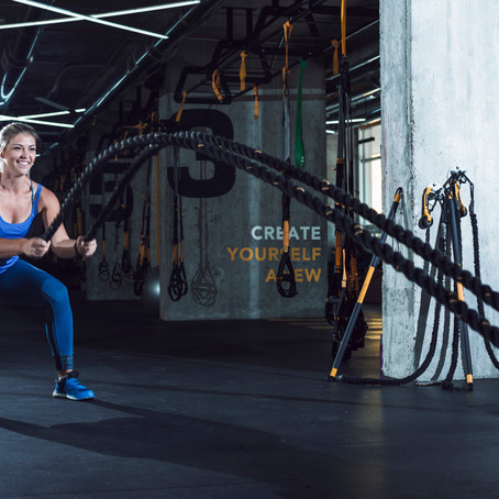 5 Combat Rope Moves to Torch Your Metabolism