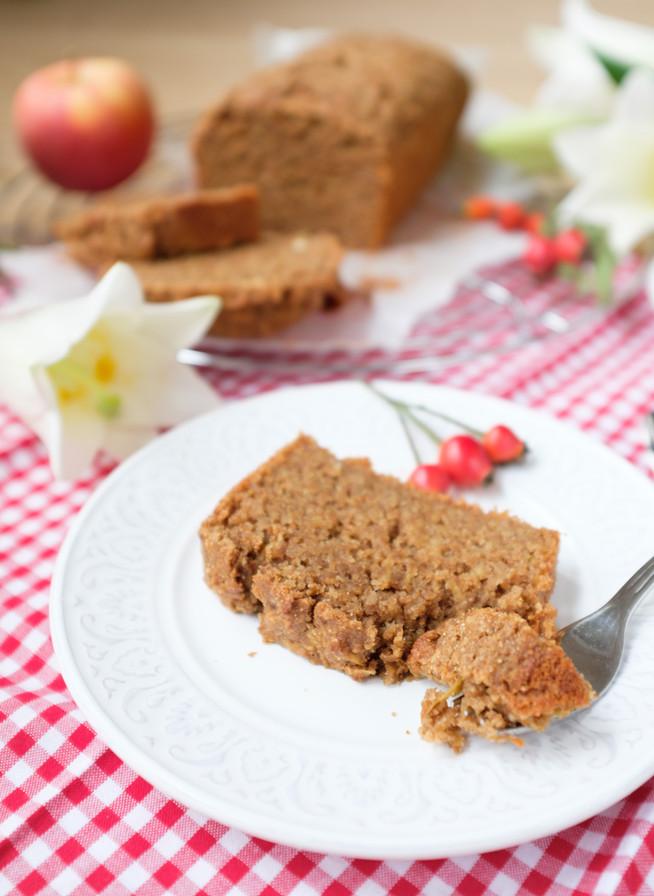 Jablkový koláčik z ražnej múky