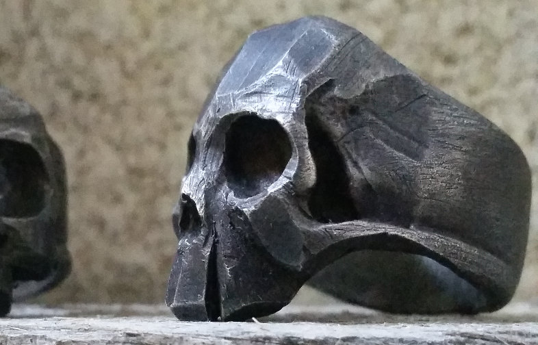 Live Fast Skull Ring - Oxidized Silver