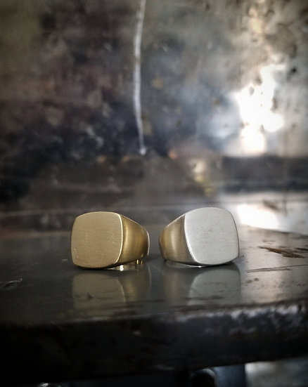 Pinky Duster Signet Ring - Brass