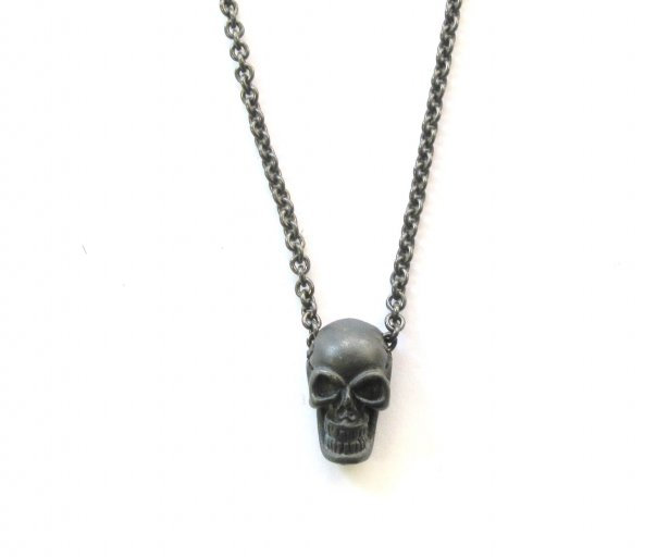 .925 oxidized silver skull on 22 inch cable chain