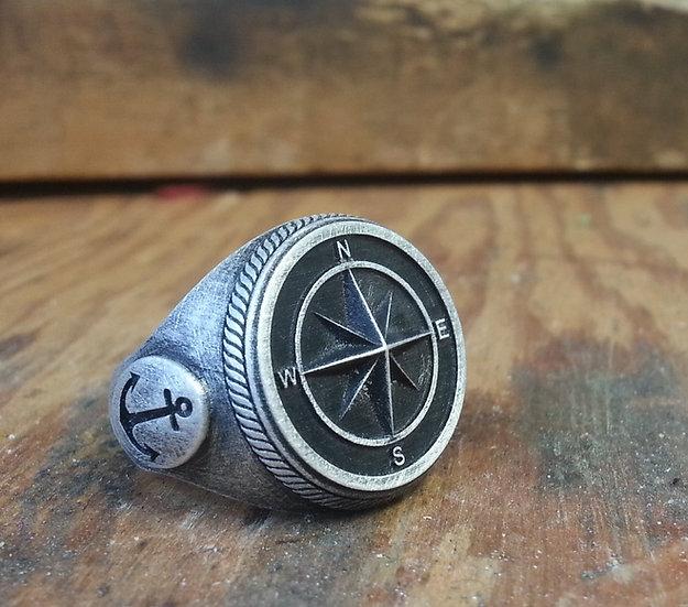 Compass Skull Ring - Silver