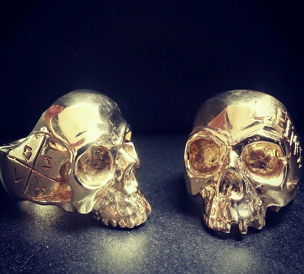 Decaying Skull Ring - 10k Gold