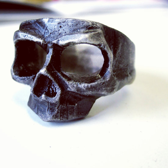 Skull Mask Ring - Oxidized Silver