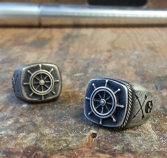 Captain Helm Wheel Skull Ring - Brass