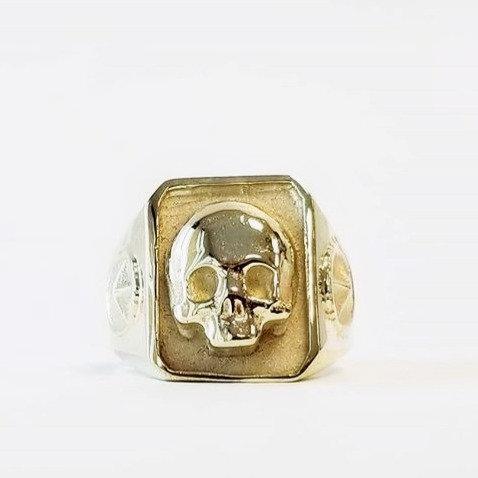 Catacombs Skull Ring - Brass