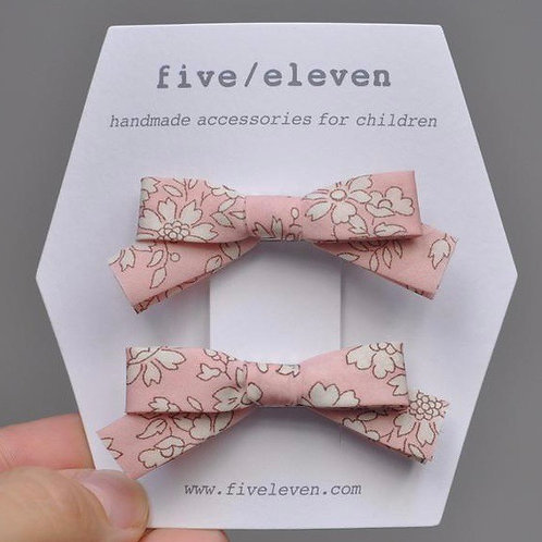 FIVE/ELEVEN dupla de laços Liberty® rosa