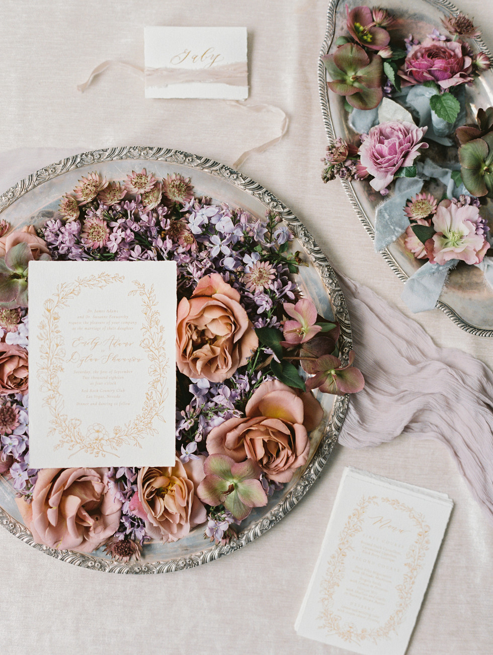Muted shades of lilac and taupe styling blooms. Photo: Gaby Jeter