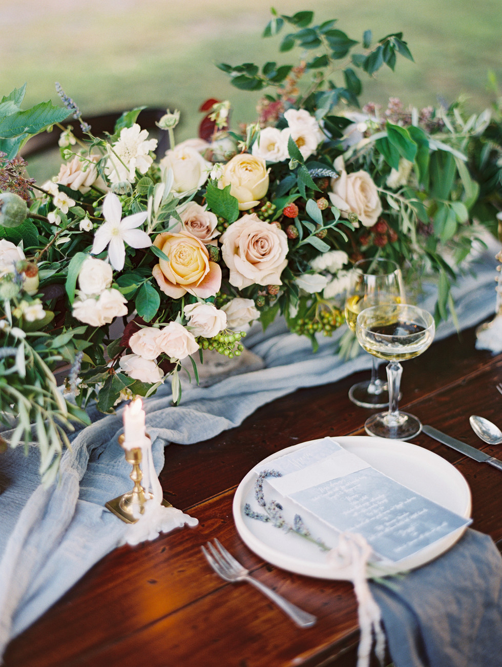 Romantic tablescape at Pahrump Winery. Photo: Gaby Jeter