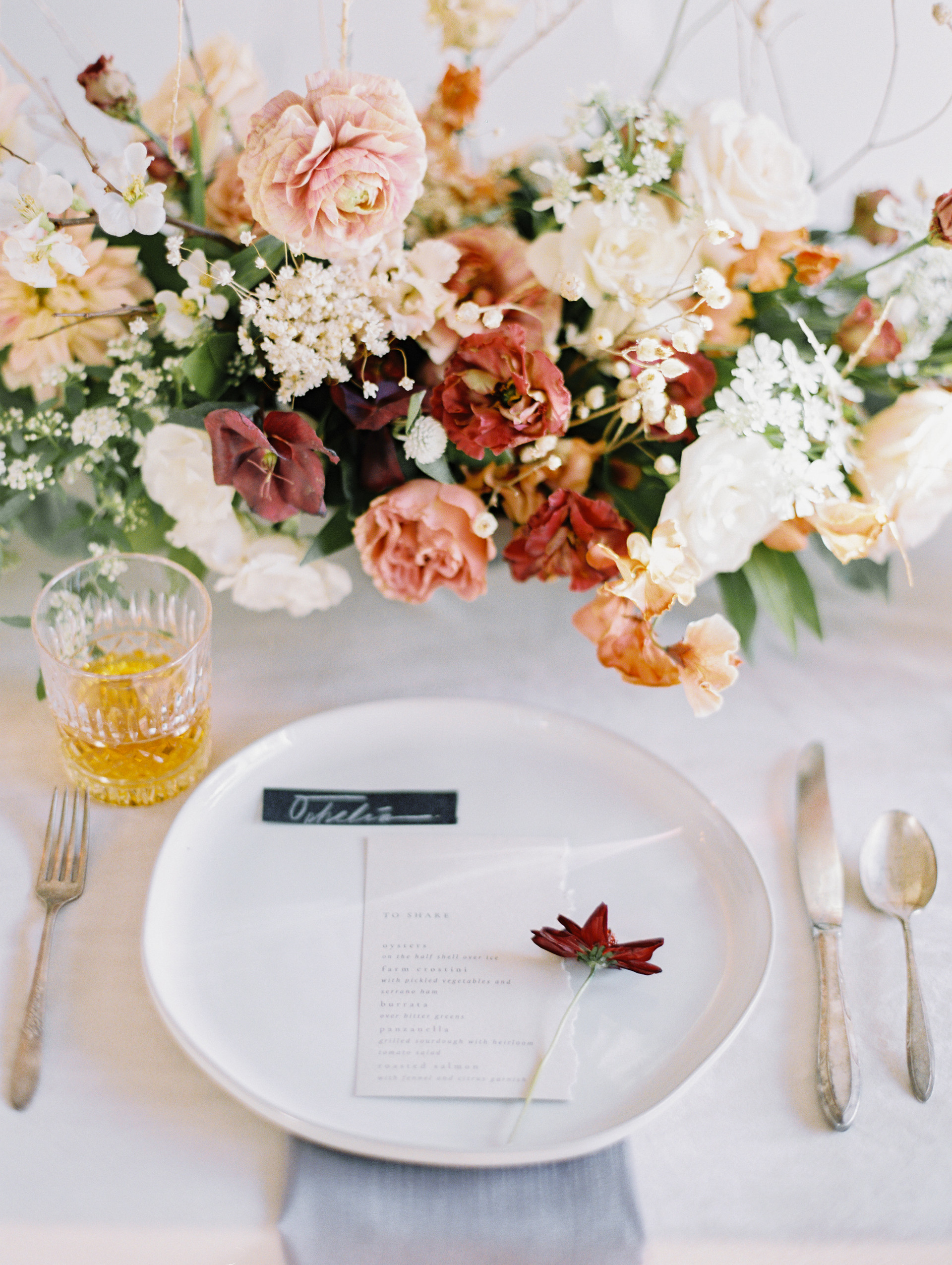 Fall wedding centerpiece. Photo: Gaby Jeter