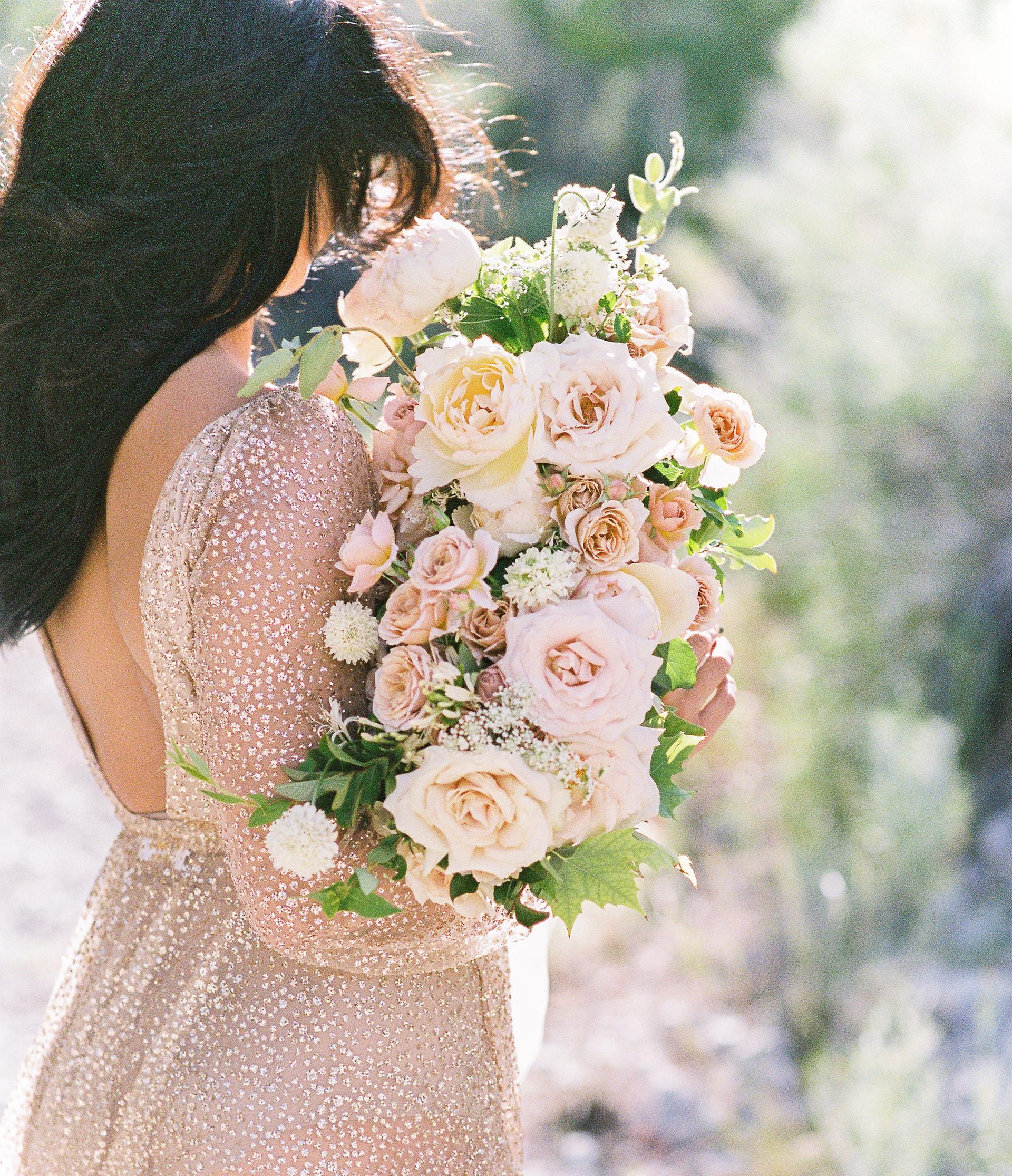 Neutral colored bridal bouquet. Photo: Kristen Joy