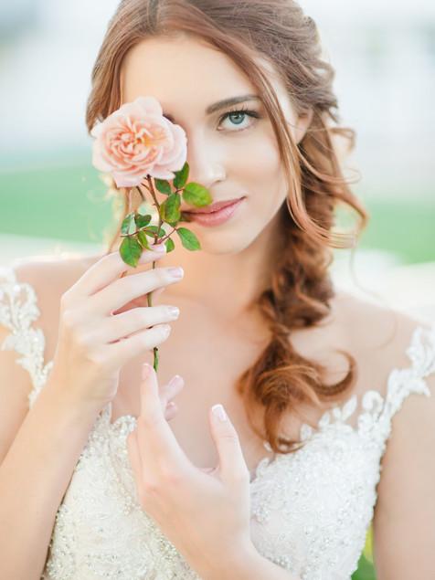 GARDEN-INSPIRED WEDDING IN PEACH AND BLUSH