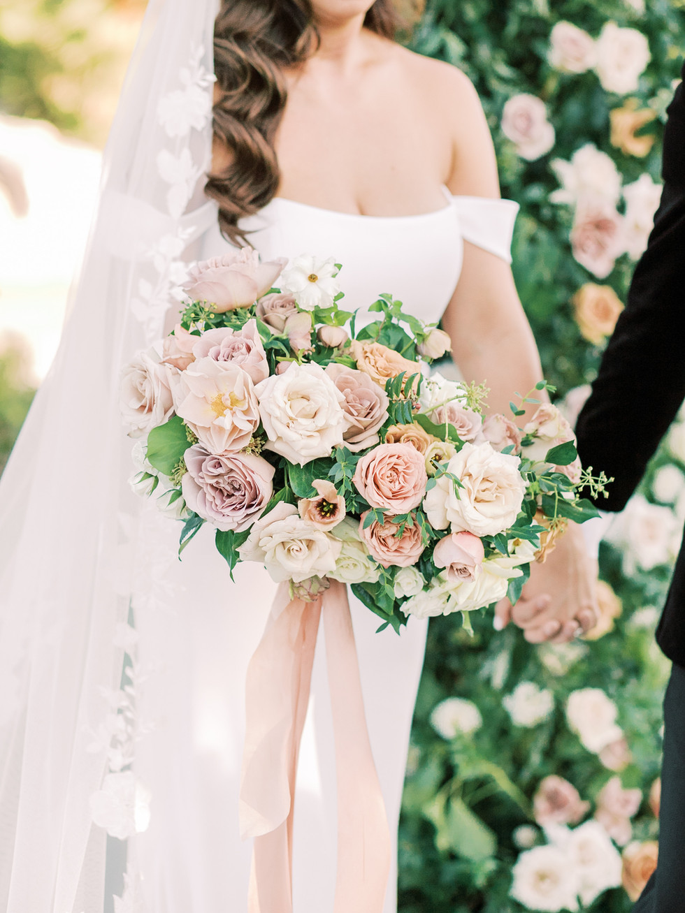 Dusty blush, rose, and toffee bridal bouquet. Photo: Lianna Marie