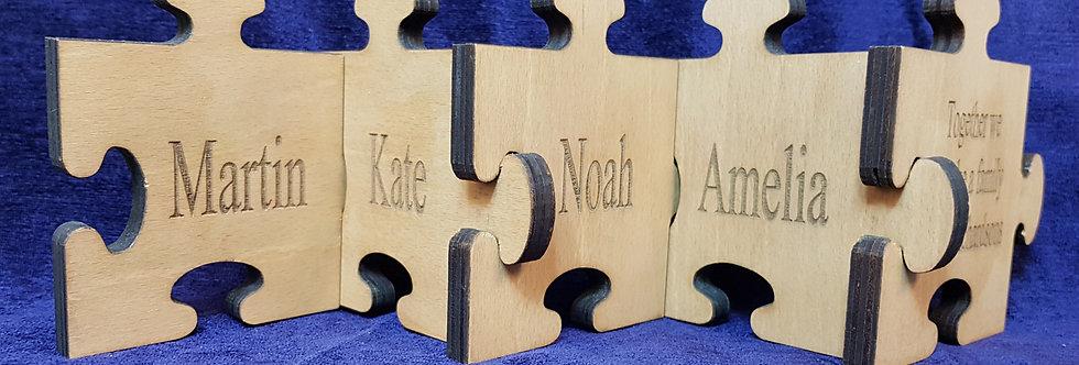 Family Jigsaw chain pieces