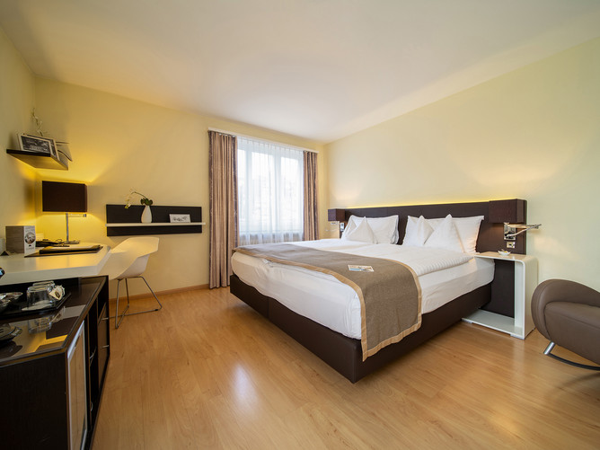 Hotel Spalentor Basel 006 Hotel Doppelzimmer Komfort hotel double room comfort hotel chamb