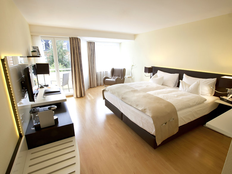 hotel spalentor basel deluxe zimmer room
