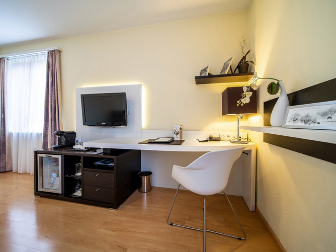 Hotel Spalentor Basel 602 Hotel Doppelzimmer Komfort hotel double room comfort hotel chamb
