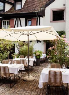 Restaurant Zum Tell_Basel.jpg