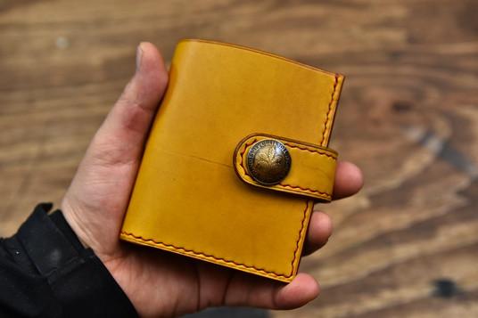 二つ折りお財布 (1).jpg