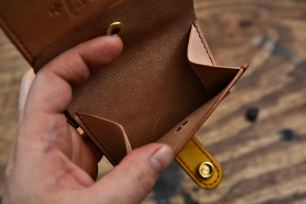二つ折りお財布 (4).jpg