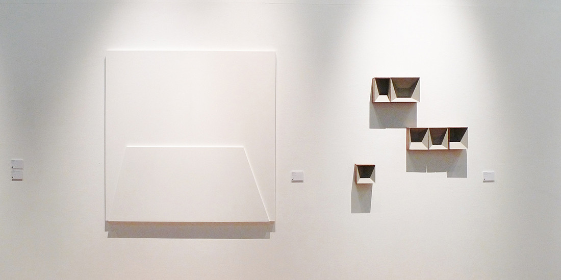 Untitled(White painting), 2011, wall paint on MDF, 140 x140 cm (left)