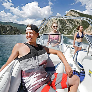 Boating Flaming Gorge