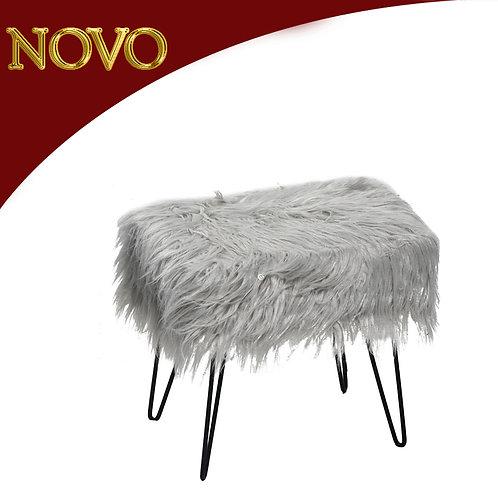 Banquinho Plush 40x30x40cm