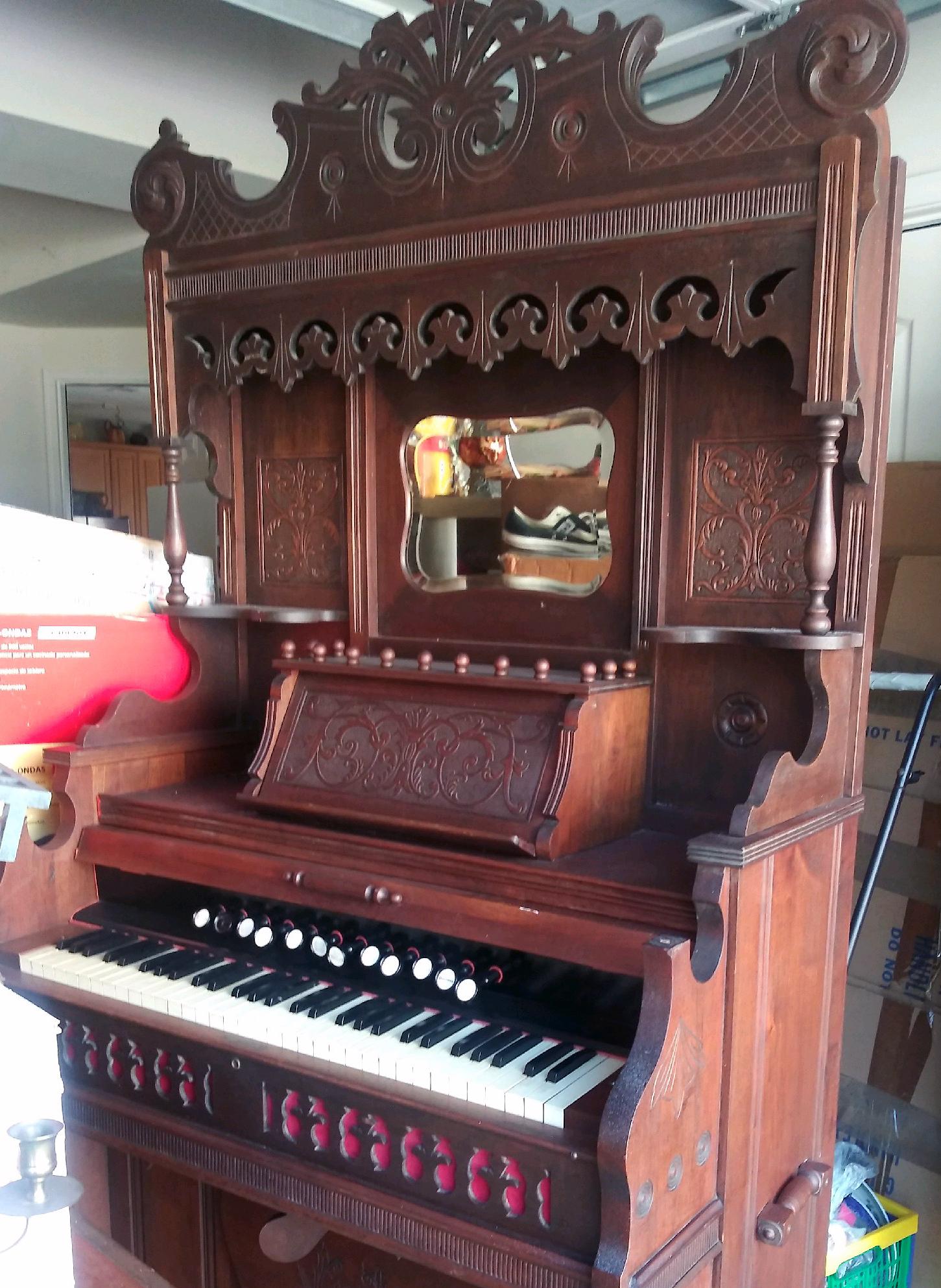 Mid 1920s Hamilton Organ