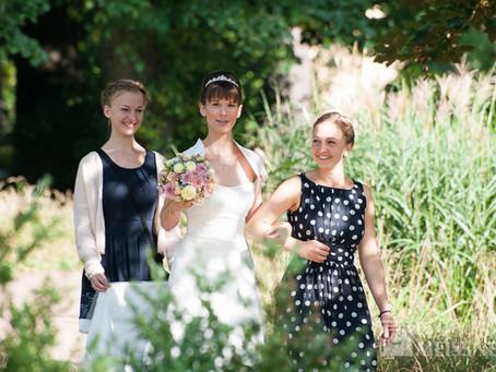 Freie Trauung im Garten der Villa Teresa Coswig