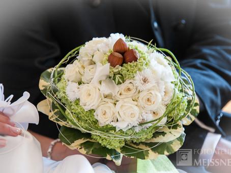 Drei Haselnüsse für die Braut