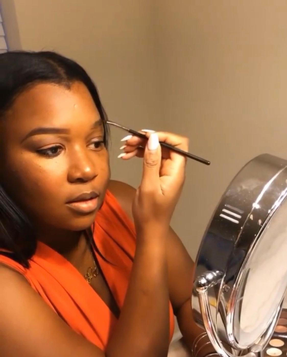 Virtual Make Up Lesson