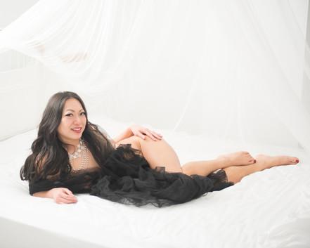 mary-boudoir-5417.jpg