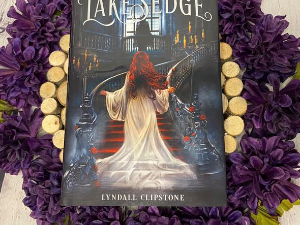 Book Review: Lakesedge