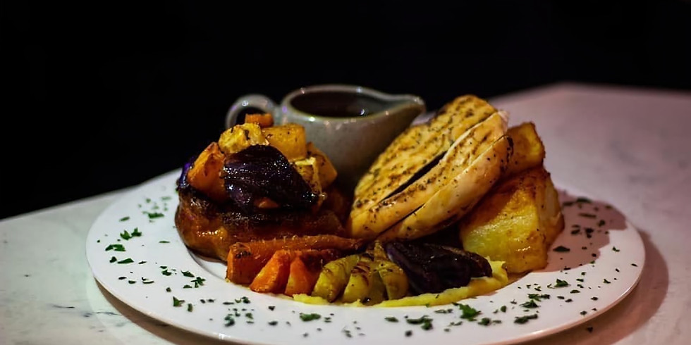 £7 Sunday Lunch and Live Piano