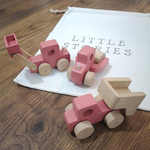 PINK WOODEN CONSTRUCTION TOY TRUCK SET
