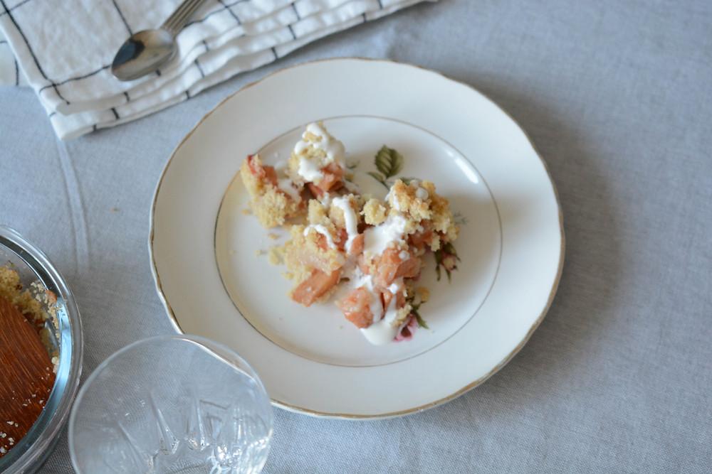Crumble vegan pommes coings - Primesautier Traiteur Végétal