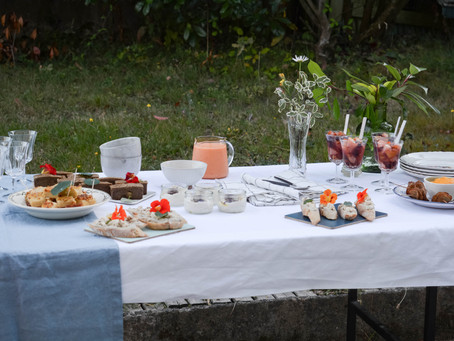 Un buffet de réception en septembre - [et Recette du Labneh]