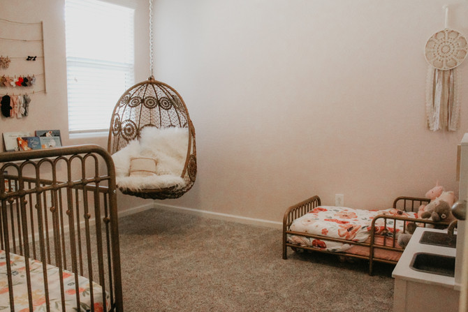 House Tour- The Girls' Bedroom