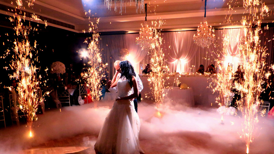 Matrimonio vals volcanes polvora fria niebla humo