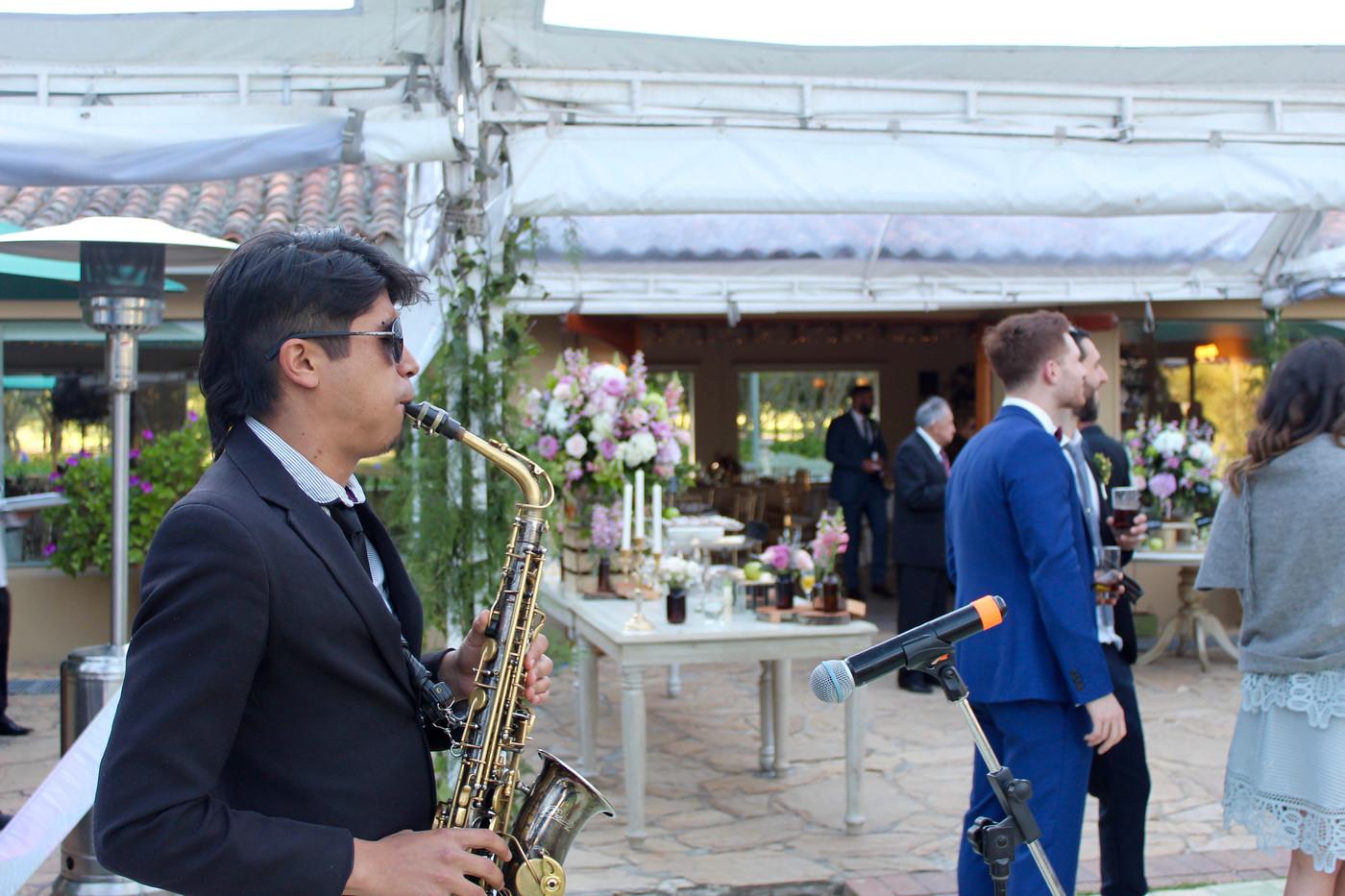 amenización saxofon
