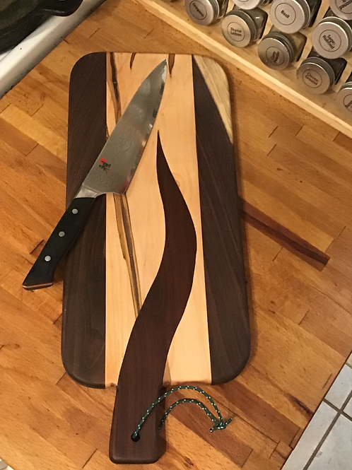 Black Walnut Arrow in Oak - Cutting or Serving Board