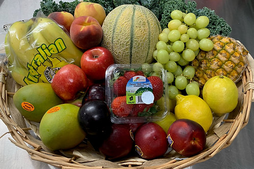 Family Fruit Box with Seasonal Fruit