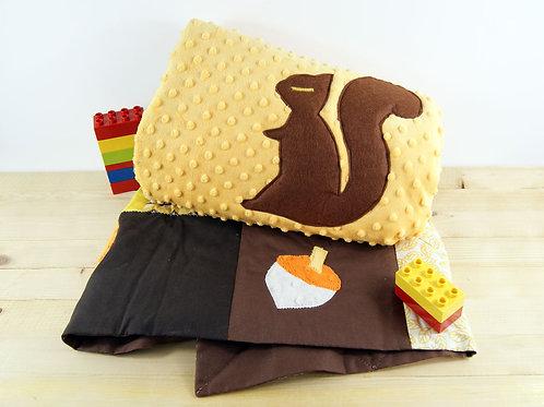 Tapis de sol pour bébé - Inspiration Montessori - L'écureuil