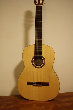 ALFREDO GONZALEZ ARANJUEZ גיטרה אלפרדו גונזלס דגם