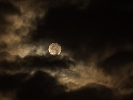 Pleine lune du mercredi 8 avril 2020 - 4 h 35 : 36 (SUPER Lune : 2ème et dernière de l'année)