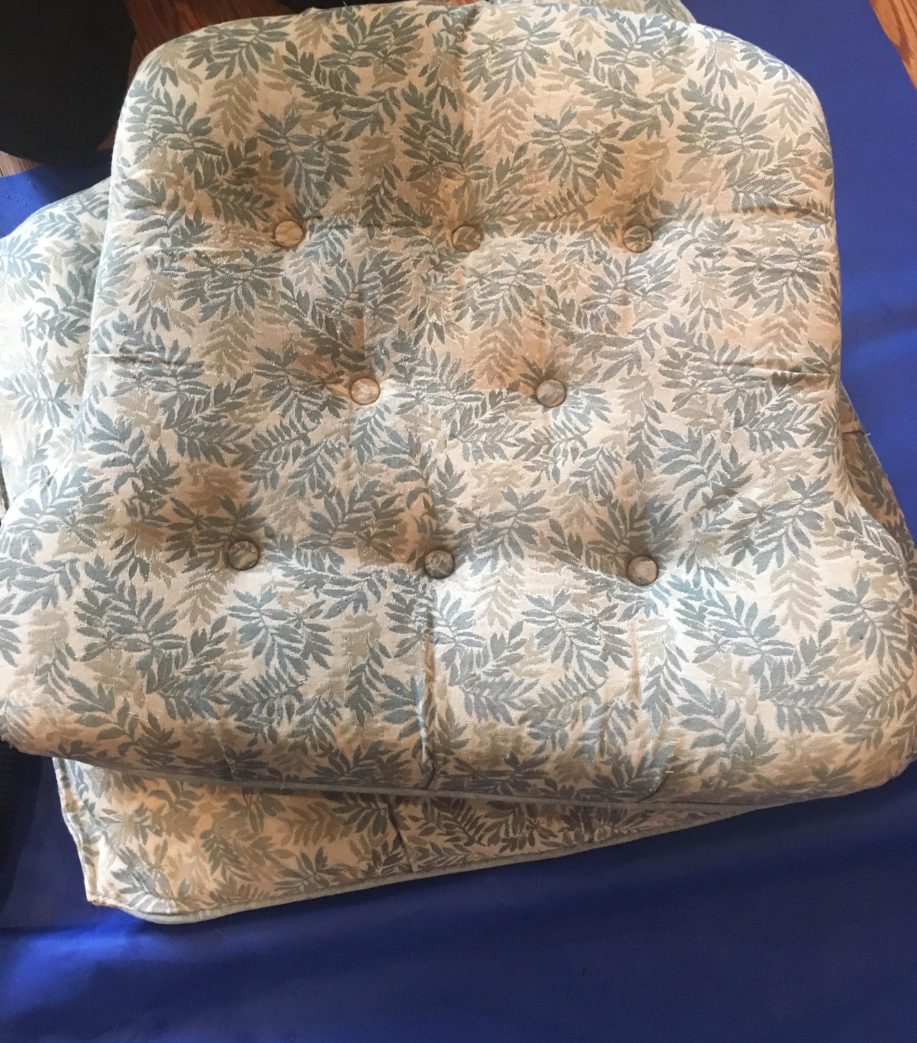 Chair Cushion Cleaning