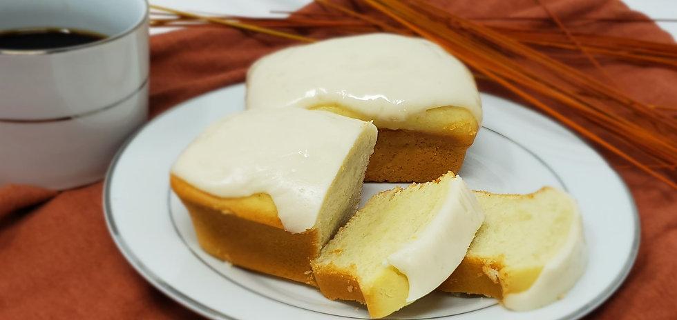 lemon pound cake petite.jpg