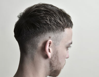 men's short haircut blonde, men's short haircut, men's modern haircut, men's fade haircut, men's crop haircut, men's british haircut
