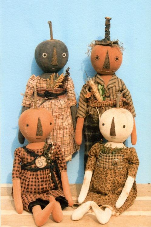 HHF300 - Early Style Harvest Pumpkin Dolls